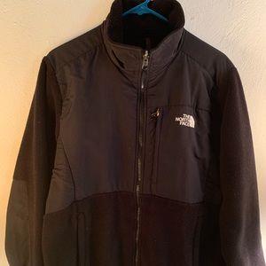 Used Black women's North Face Denali jacket